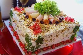 Σας εχουμε τις καλυτερες ιδεες για αλμυρες τουρτες που θα εντυπωσιασουν στο παιδικο παρτυ,στο μπουφε και σε μια γιορτη! Συνταγές για τούρτα-σάντουιτς υπάρχουν πολλές, αφού μπορείς να χρησιμοποιήσεις είτε αλλαντικά είτε ψάρια όπως για παράδειγμα τονο! Για