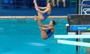 Ouro para a dupla da China no salto ornamental sincronizado feminino na plataforma de 10m