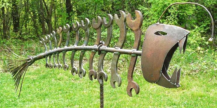 4. Yard art >> Cool Welding Projects You Can Do At Home
