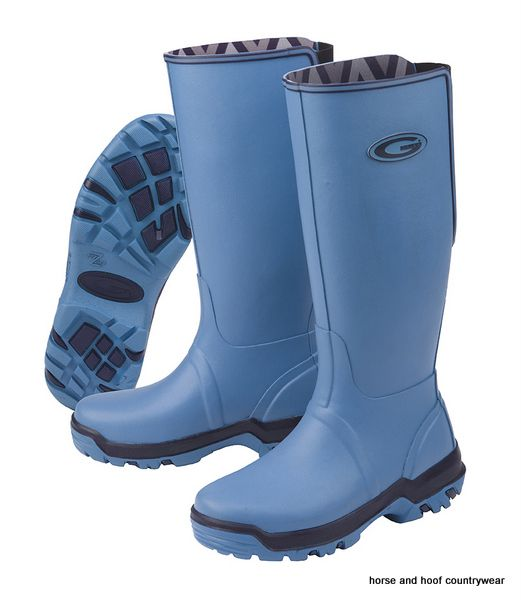 Grubs Rainline Wellington Boots - Fiji Blue The RAIN LINE is an excellent high round boot She has a TRAX sole which makes for a better grip and