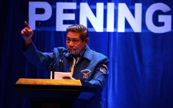 Presiden Susilo Bambang Yudhoyono  must be had headache