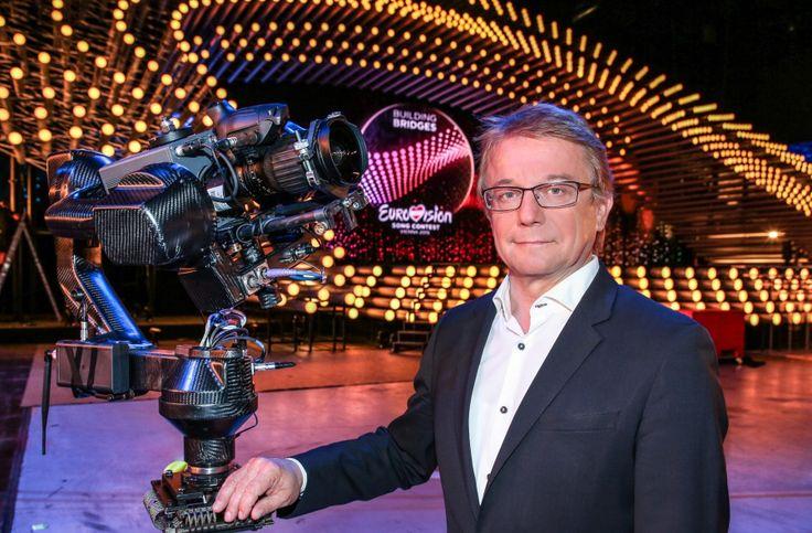 Der Eurovision Song Contest 2015 ist die größte TV-Produktion in der Geschichte des ORF! --- http://www.eurovision-austria.com/de/eurovision-song-contest-2015-ein-technologischer-grossevent/ ---------------------------------- #esc #vienna #BuildingBridges #eurovision #austria #ORF  ---------------------------------- Mehr Eurovision-News auf: http://www.eurovision-austria.com/