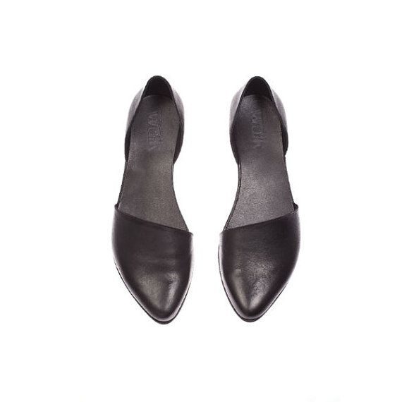 Flat leather shoes, Designer comfortable shoes. Great gift for mom. Walking shoes made of leather