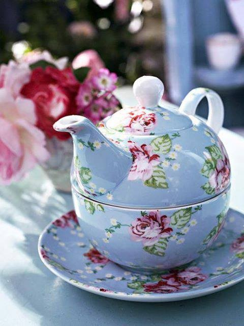 cute teapot teacup set nice china tea tea pots tea cup saucer. Black Bedroom Furniture Sets. Home Design Ideas