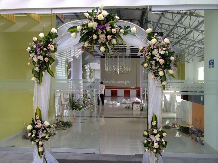 Lindo Arco Floral De Tmatikas Arte Floral Y Dise 241 O Foto