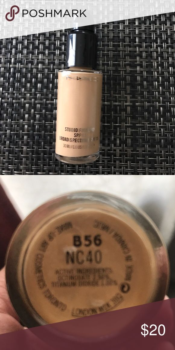 MAC Cosmetics Studio Fix Fluid NC40 With Pump MAC Cosmetics Studio Fix Fluid SPF15 in NC40 With Pump-- Used only once but is not my color. Foundation retails for $28 and the pump is $10. GET IT HERE FOR LESS!! Smoke and pet-free home. MAC Cosmetics Makeup Foundation