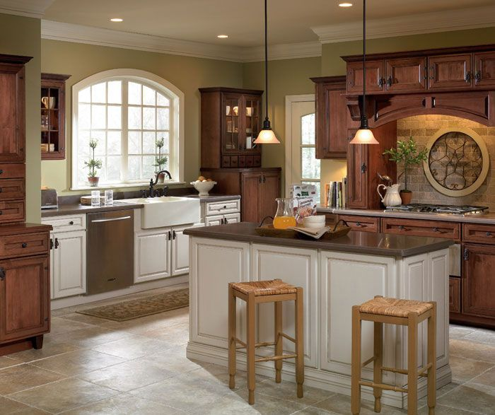 Favorite 22 Kitchen Cabinets And Flooring Combinations: The Goal To Achieve The Look Of Old World Elegance Paired
