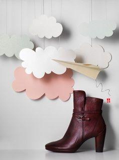 Fashion Werf in JAN Magazine Photography by Frank Brandwijk I 'Eggo Boot' 'Paper Cutting' 'Photo Illustration' 'Fun' 'Accessories Product Stills'