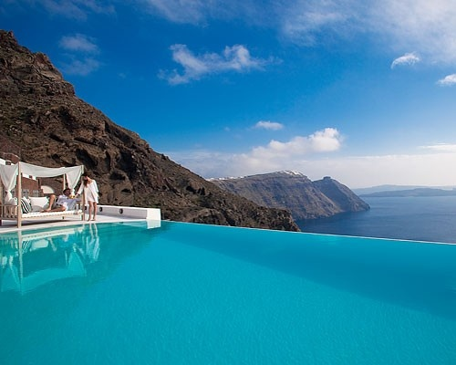 Mmm this would be niceBuckets Lists, Santorini Greece, Antonio Suits, Favorite Places, Beautiful Places, Before I Die, Places I D, San Antonio, Luxury Hotels