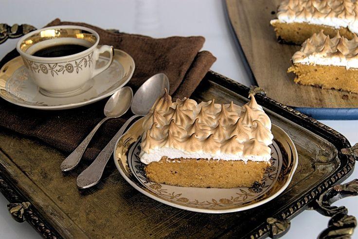 szczypta smaQ: Korzenne ciasto z batatów z kremem bezowym
