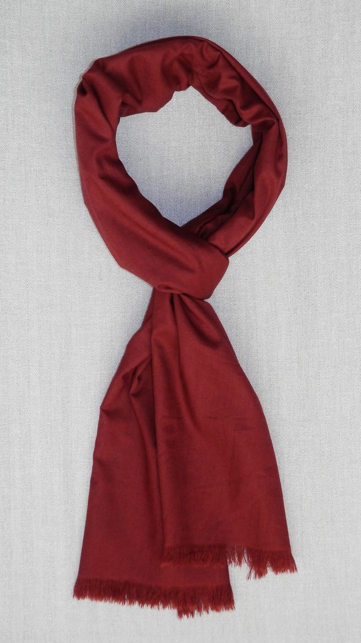 Bufanda reversible marrón/estampado http://lookbylyly.com/la-coleccion/hombre/