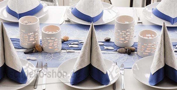 Tischdeko zur Konfirmation in blau und mit Fischchen
