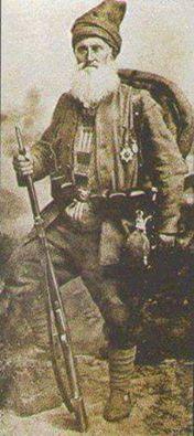 Şimdi Askerlikten Korkanlar Utansın ! 1912'de Balkan Harbi'ne Gönüllü Olarak Katılmış, 66 Yaşındaki Eyüplü Hasan Efendi ... Ceddimiz böyleydi.