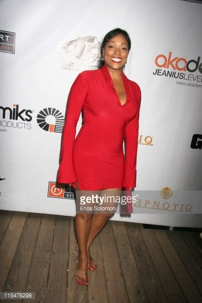 kellita-smith-during-akademiks-disturbing-tha-peace-presents-a-by-picture-id115476298 (396×594)