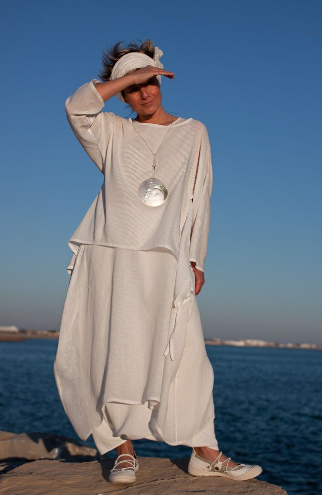 Loose fit: cool and confortable white coton veil top -:- AMALTHEE -:- n° 3275