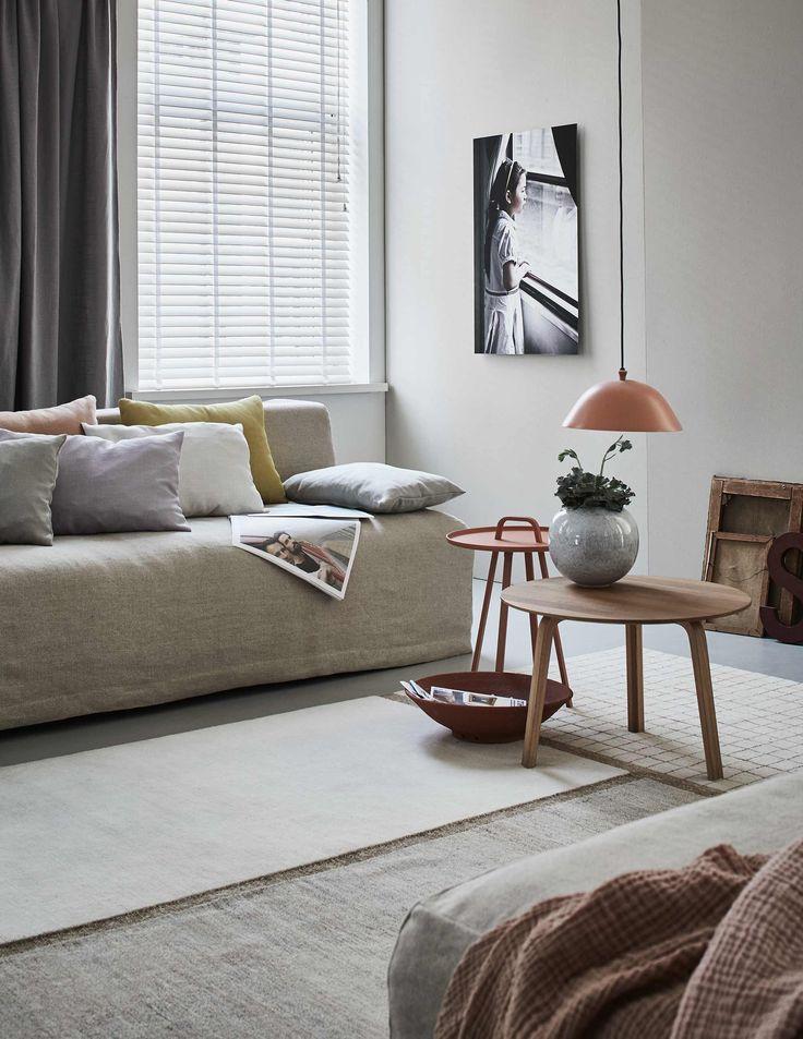 Nude woonkamer   Nude livingroom   vtwonen 11-2016   photography: Alexander van Berge   styling: Fietje Bruijn