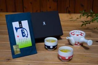 前吉田焼 水玉急須(朱)・湯呑(朱、青)+「美好園」宇治煎茶セット(童仙房)