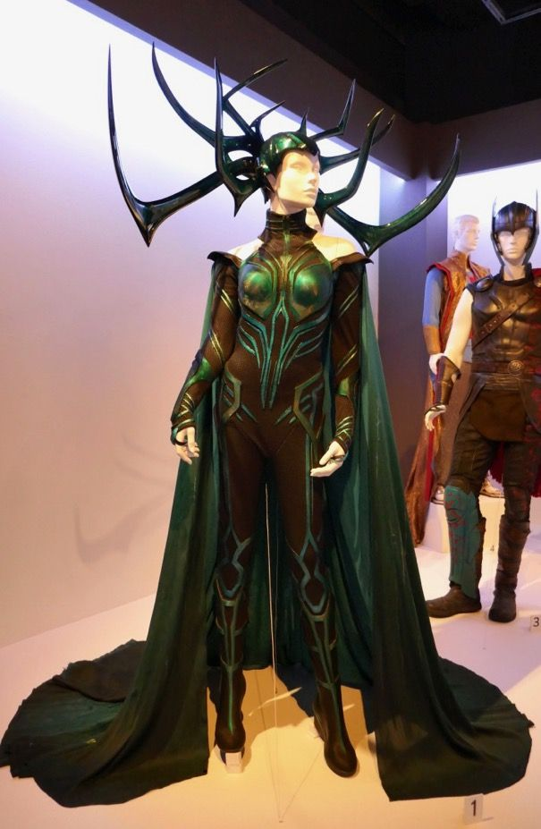 Design; In 2017 Movie Thor 3 Ragnarok Hela Pvc Cosplay Masks Black Horns Queen Helmets Women Halloween Props Party Novel