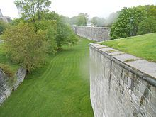 Quebec portes fortifications | Administration [ modifier | modifier le code ]