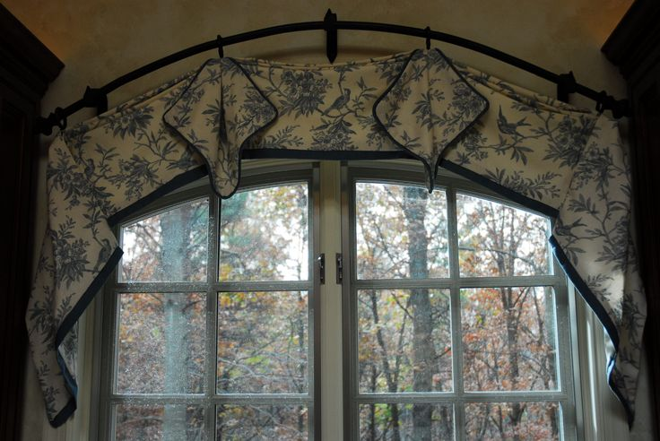 1000 Ideas About Curved Curtain Rod On Pinterest Arch Window Treatments Arched Window