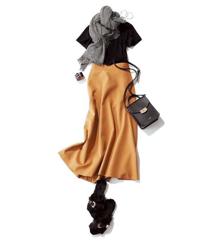 Tシャツ+ふんわりスカートのマンネリコーデに何を足す?Marisol ONLINE|女っぷり上々!40代をもっとキレイに。