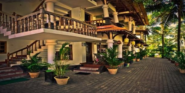 Wood House Beach Resort, is one of the leading beach resorts in Varkala (Kerala) which provides both the modern and the traditional amenities of life to the tourist.