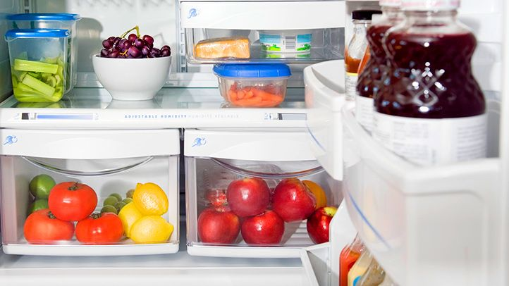 It's hard to lose weight if your kitchen isn't stocked with healthy diet options. Learn about meal planning and grocery shopping to boost weight loss.