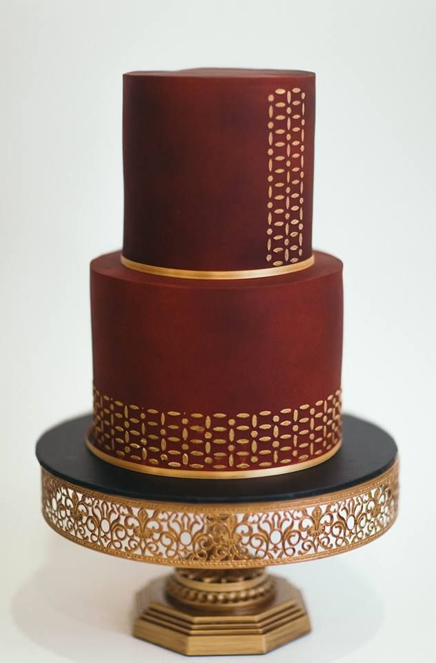 Stunning Maroon And Gold Cake By Cake Craze Newcastle 12 Gold Wedding Cake Stand Available Metal Wedding Cake Stands Wedding Cake Stands Wedding Cakes Maroon
