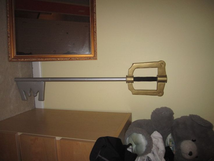 How to make a Keyblade from Kingdom Hearts ( Cheap )