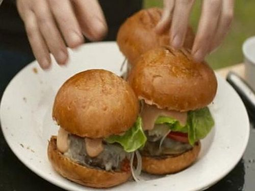 How to Cook Like Heston - Articles - Beef Burgers Recipe - Channel 4