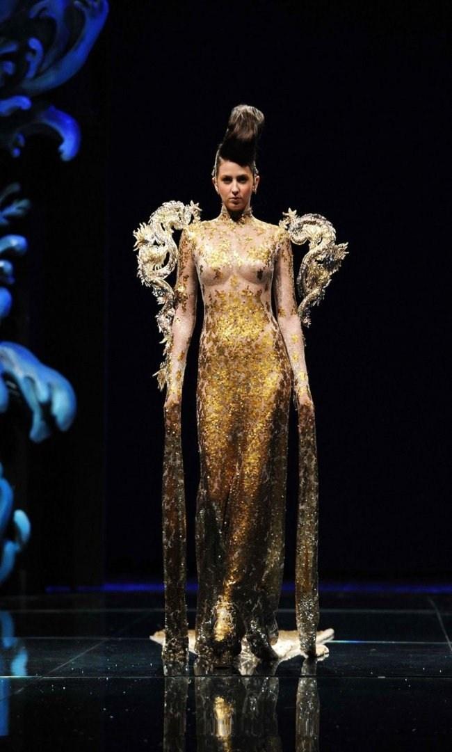Chinese designer Guo Pei
