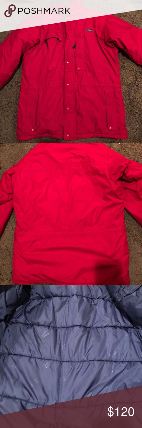 Men's Patagonia Puffer Ski Jacket Coat Size Large In overall great condition, some small marks on the sleeves at the bottom and throughout the coat. Lots of wear left. No rips or holes Patagonia Jackets & Coats Puffers