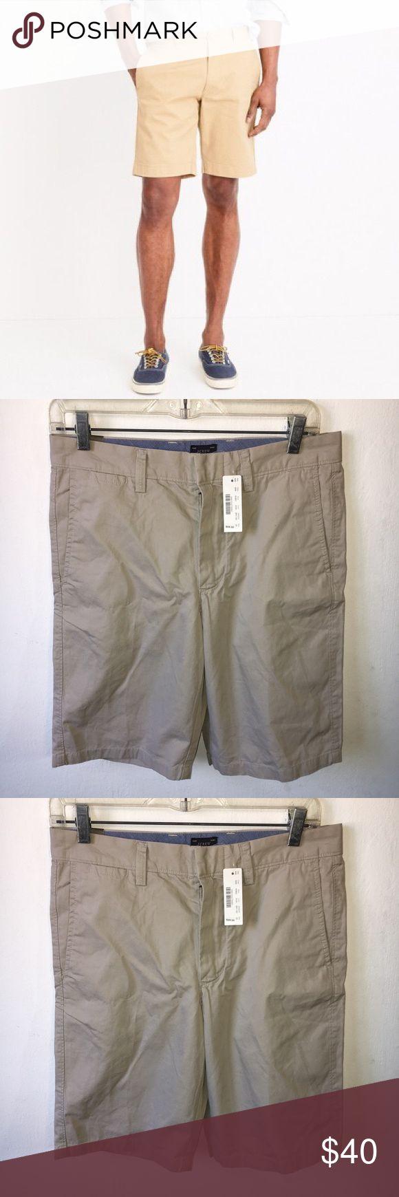 Jcrew men's Khaki Shorts Size 29 Jcrew men's Khaki Shorts Size 29 , brand new with tags. Retail $60 J. Crew Shorts