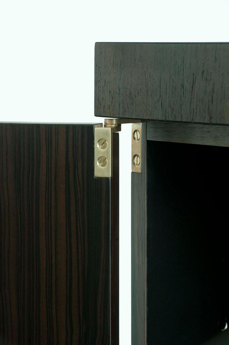 OneToBe sprl - Bespoke furniture | W A B B E S