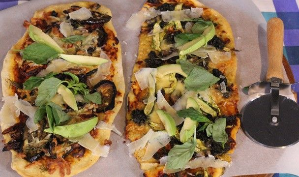 Long Pizzas with Assorted Toppings : Food : The Home Channel