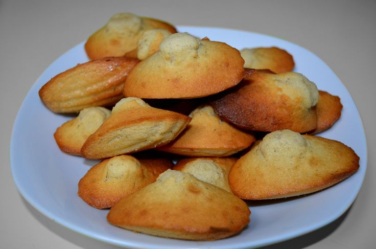 La madeleine de Claire La recette de Claire Heitzler sur myBiscuits
