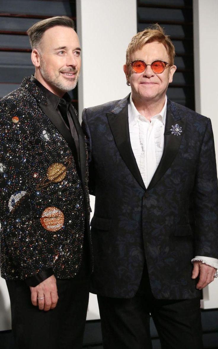 David Furnish & Elton John at the Vanity Fair Oscar Party ...