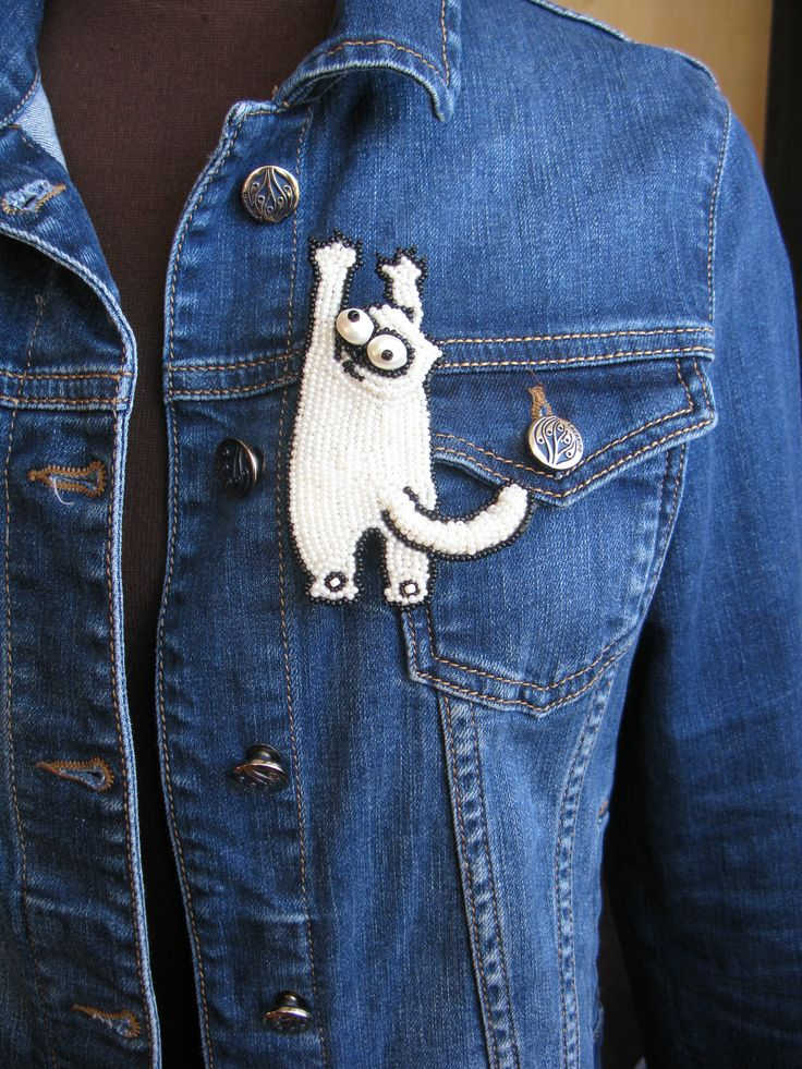 Valyerina Olga, https://www.instagram.com/voproject_brooch/  #VO #брошь #pins #handembroidered, #VO!, Samons cat, patched-up denim, PINS, denim