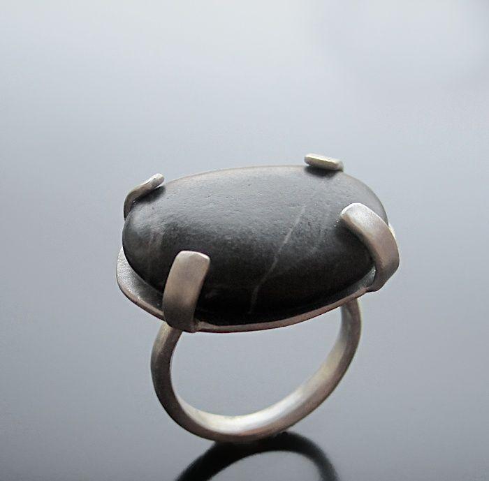 Black Pebble Ring - Handmade jewelry, Χειροποίητο κόσμημα by Maria Apostolou
