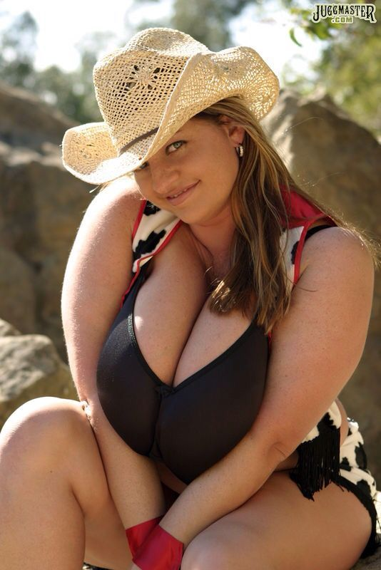 black single women in moore county Black and white singles interracial dating for sincere black and white men and women,  black male between the age of 45 & 57 in the los angeles/ornage county and.