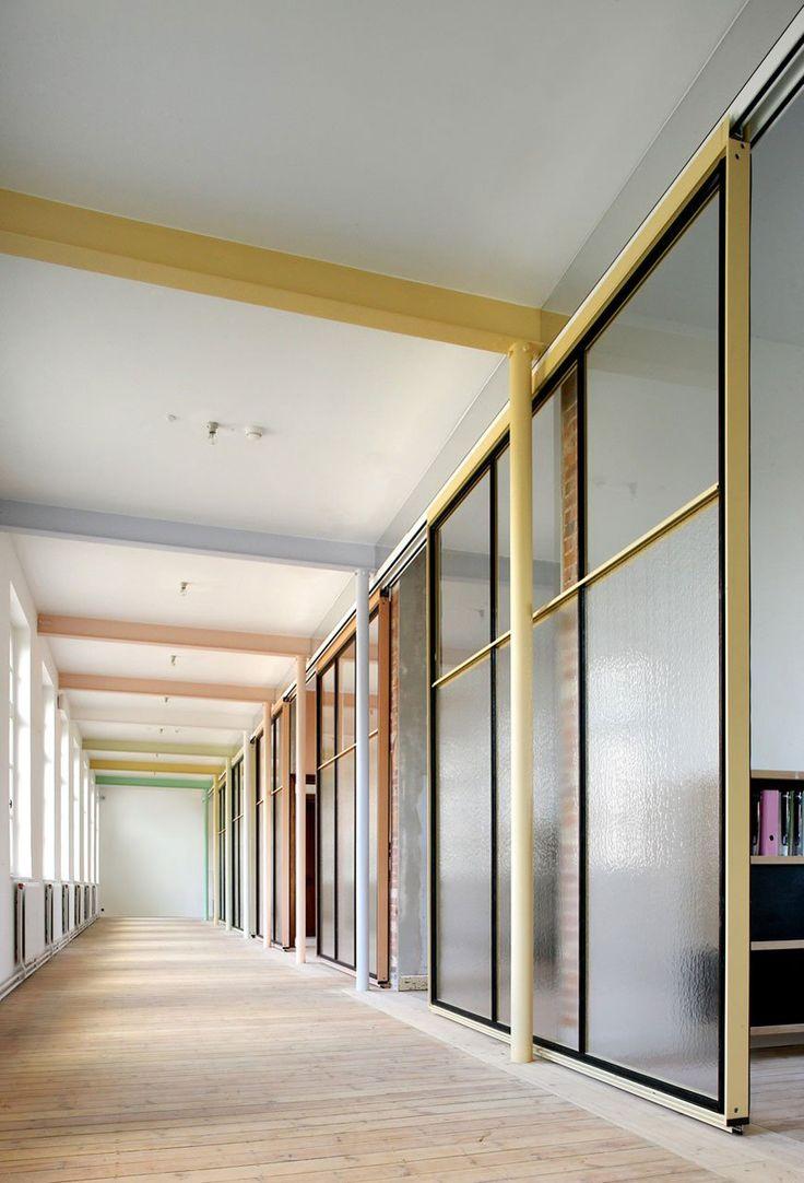 Famous agency by architecten de vylder vinck taillieu for Famous commercial interior designers