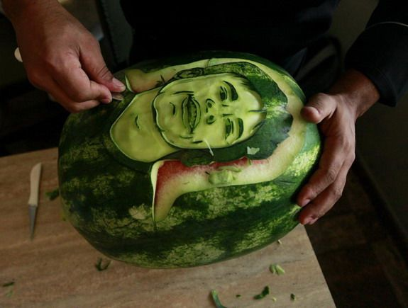 Brazilian chef creates Ronaldo, Messi & Neymar carvings in watermelons