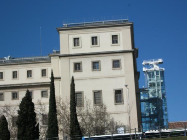 Museo Reina Sofía Antifuo Hospital San Carlos y facultad de medicina.. ..en Atocha