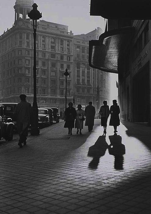 Spain. Madrid, 1950s // Francesc Catala Roca.