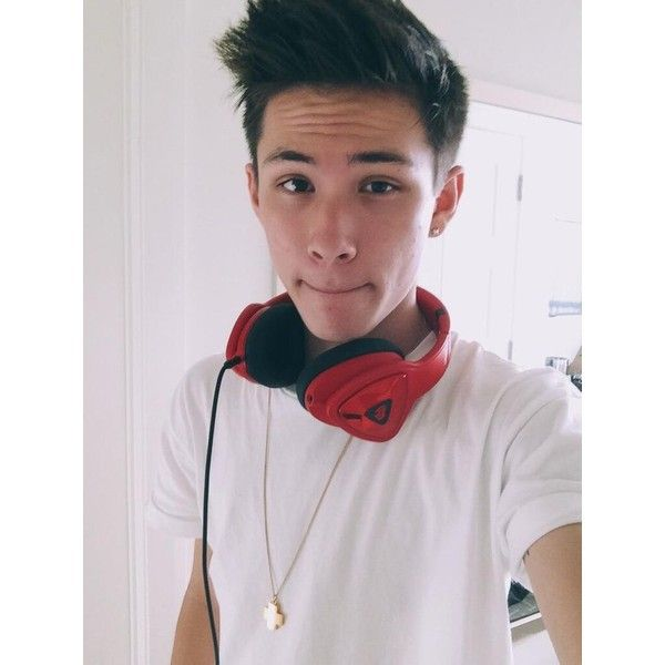 Carter Reynolds ❤ liked on Polyvore