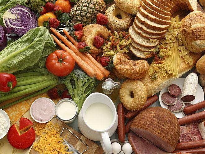 Saiba qual a diferença entre carboidratos simples e complexos e qual a melhor opção pra sua dieta. Separamos uma lista com 20 alimentos pra sua alimentação!
