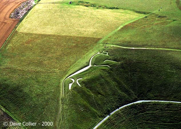 An aerial view of the Uffington white horse, highly stylized Bronze-Age figure made of chalk-filled carved trenches in England.  Amazing!: Uffington White, England, Bronze Age, Dave Collier, 19Th Century, White Horses, Dr. Who, Aerial View, Wiltshire White