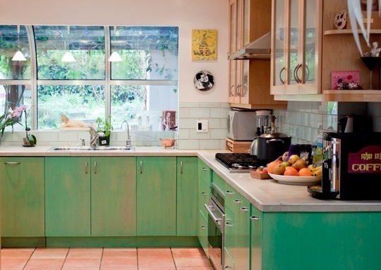 89 best excellent emerald green images on pinterest sweet home arquitetura and green kitchen on kitchen ideas emerald green id=83013