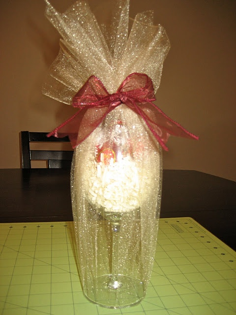 Candy Filled Wine Glass Gift Diy Gift Ideas Pinterest
