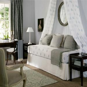 25  best Small guest rooms ideas on Pinterest   Guest rooms  Guest   Find this Pin and more on home and decor  My ideal guest bedroom Grey  interiors. Small Guest Bedroom Ideas. Home Design Ideas